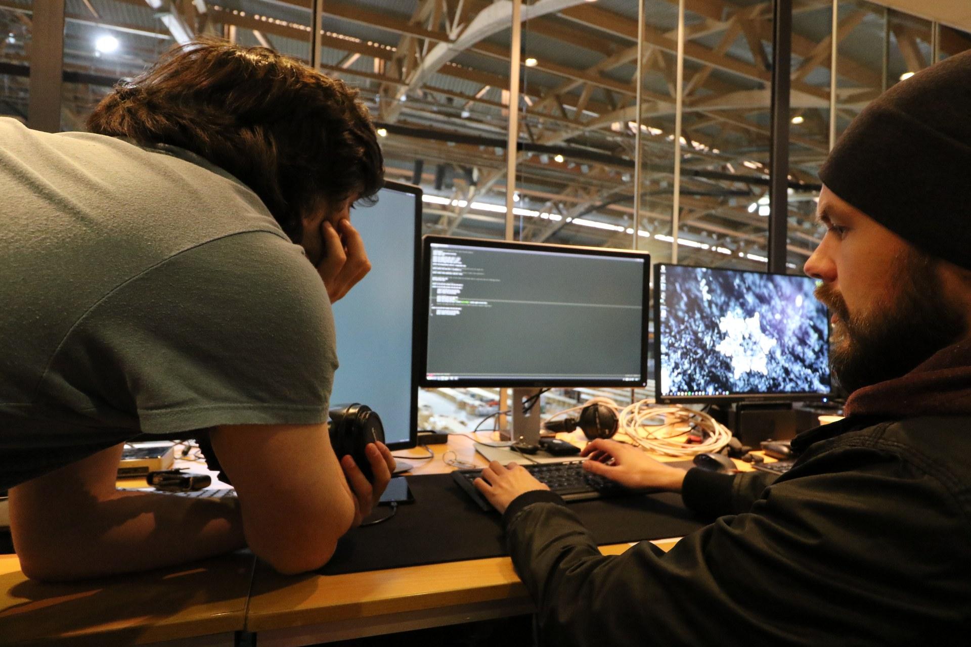 Jocke and Lasse hard at work